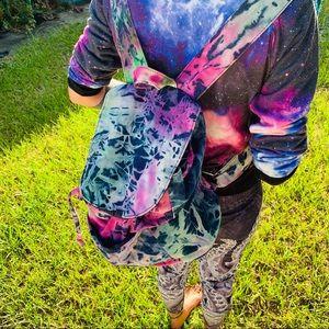 🐈🐈🐈Mossimo Backpage Tiedye Bag